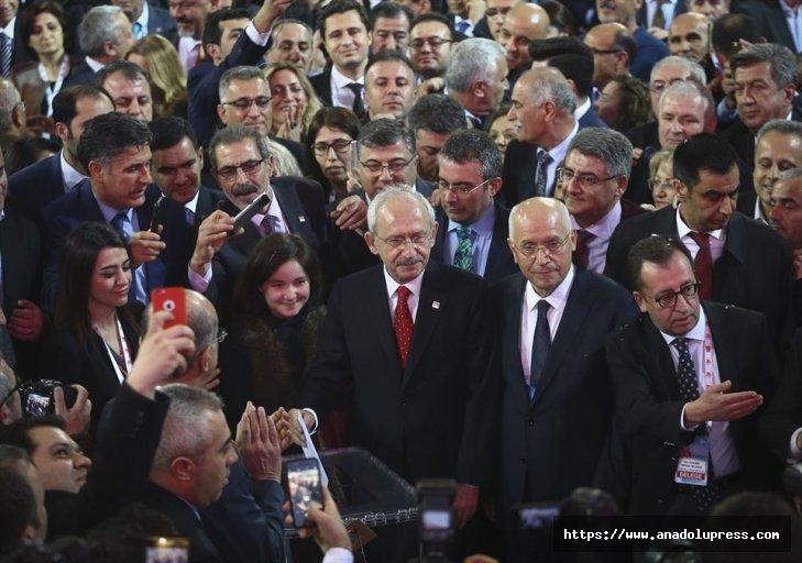 Chp'deGenel Başkanlığa Yeniden Kemal Kılıçdaroğlu Seçildi