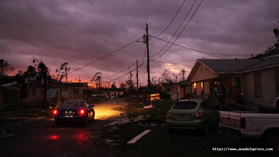 ABD Kasırgaya Teslim Oldu