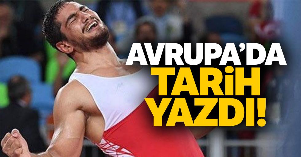 Taha Akgün, güreş'te tarih yazdı!