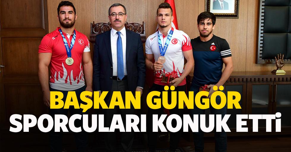Başkan Güngör Sporcuları Konuk Etti