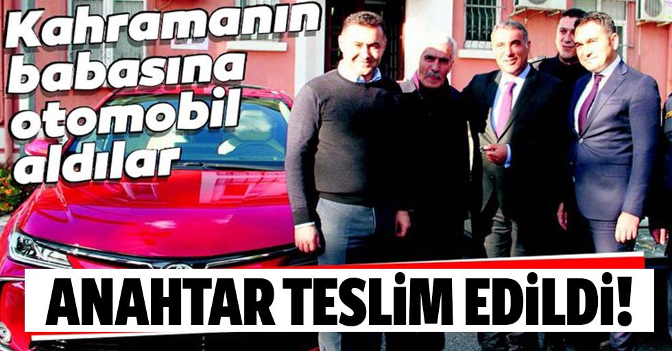 Şehit Fethi Sekin'in babasına otomobil aldılar
