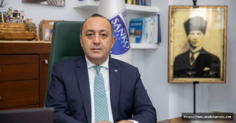 SANKO okulları Gaziantep'in kurtuluşunu kutladı