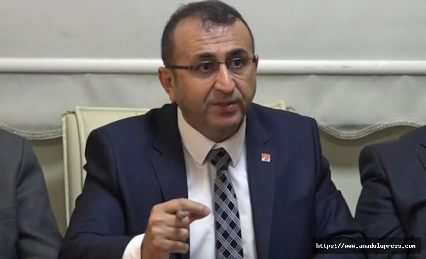 Ünal Ateş, Büyükşehir belediyesiyle ilgili iddialarda bulundu