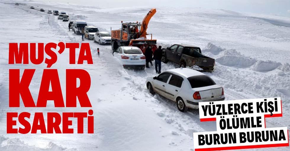 Muş'ta kar fırtınası! 100 kişinin esareti 4 saat sonra bitti