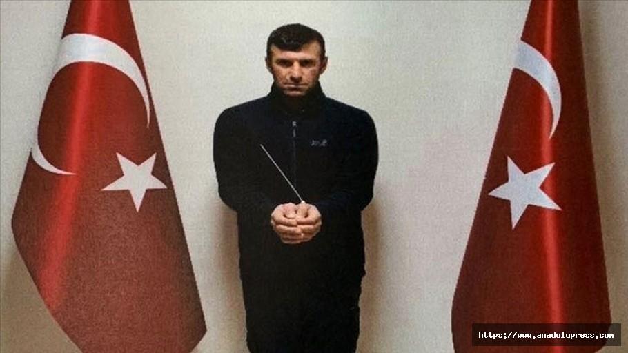 Mit, Pyd/Ypg'nin Sözde Tugay Komutanı Babat'ı Suriye'de Yakalayarak Türkiye'ye Getirdi