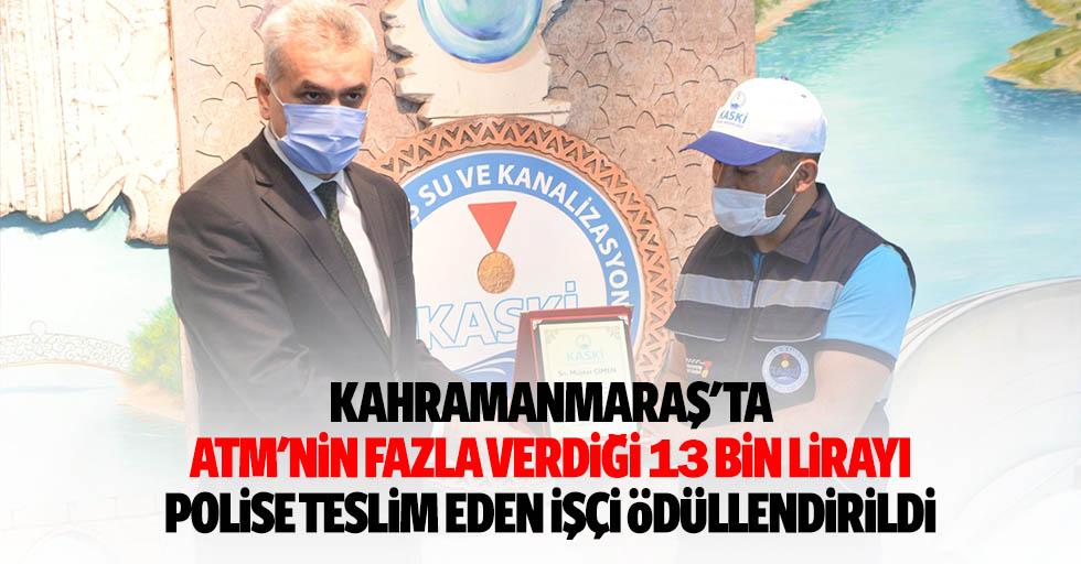 Kahramanmaraş'ta Atm'nin Fazla Verdiği 13 Bin Lirayı Polise Teslim Eden İşçi Ödüllendirildi