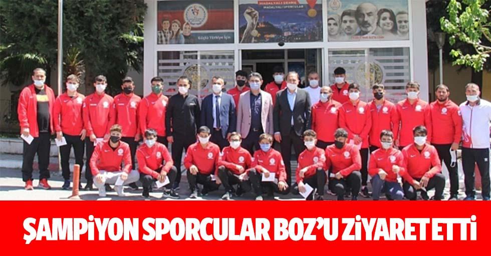 Şampiyon sporcular Boz'u ziyaret etti