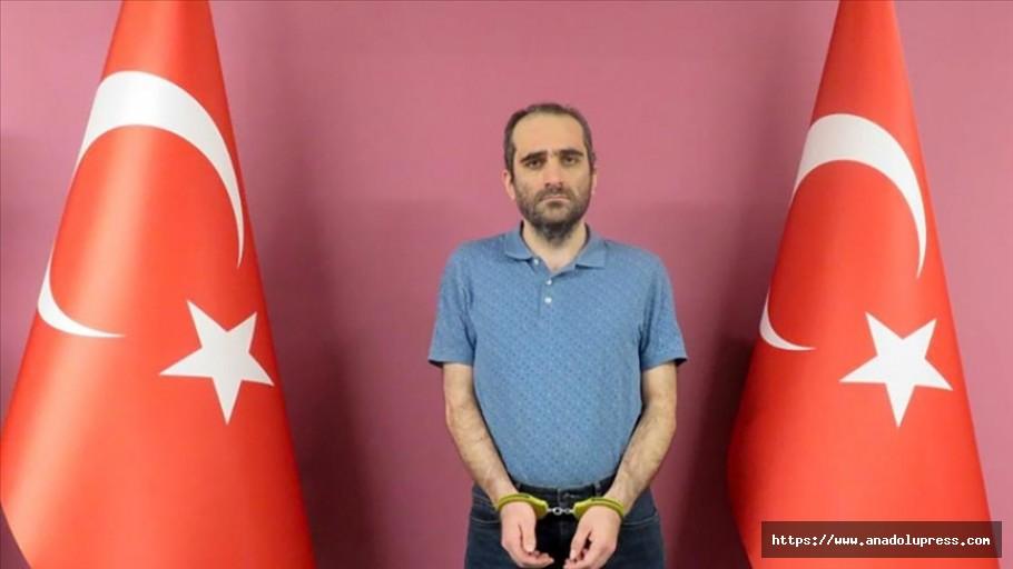 FETÖ üyesi Gülen MİT operasyonuyla yakalanarak Türkiye'ye getirildi
