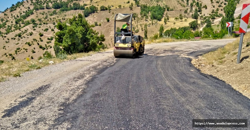Kahramanmaraş'ta 3 ilçede 50 kilometrelik yol yenilendi