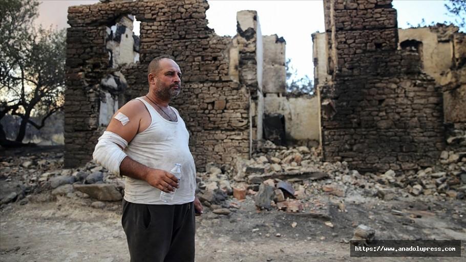 Manavgat'taki Yangında Evlerini Ve Hayvanlarını Kaybetmenin Üzüntüsünü Yaşıyorlar