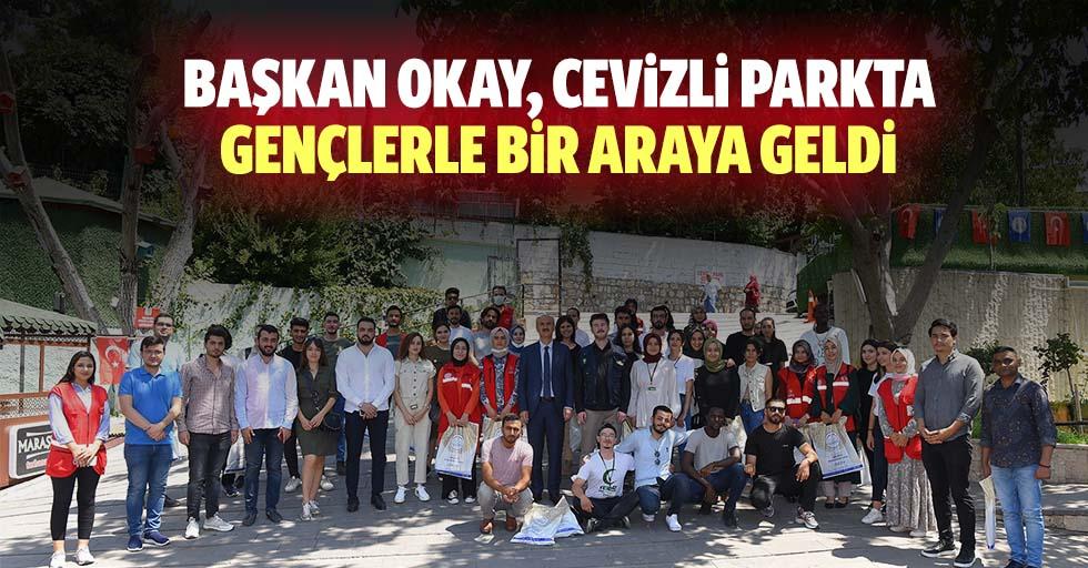 Başkan Okay, Cevizli Parkta Gençlerle Bir Araya Geldi