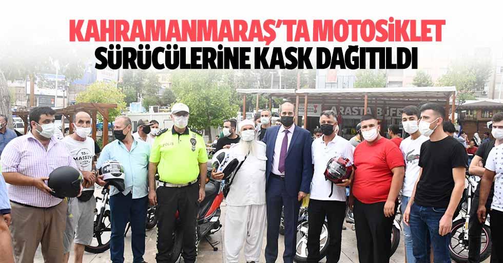Kahramanmaraş'ta motosiklet sürücülerine kask dağıtıldı