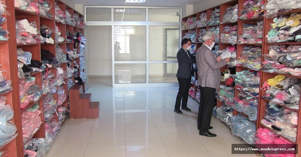 """Kahramanmaraş'ta """"sosyal market"""" projesiyle 6 bin kişiye kıyafet dağıtılacak"""