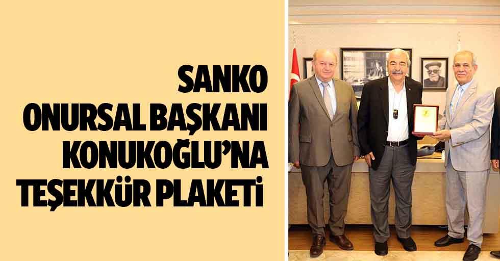SANKO Onursal Başkanı Konukoğlu'na teşekkür plaketi