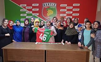 Milletvekili Öçal'dan Bertizspor'a ziyaret