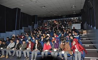 Öğrenciler Sinema İle Buluştu