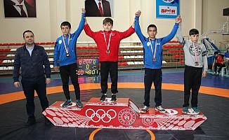 Küçük Yıldızlar Greko-Romen Grup Şampiyonası İlimizde Yapıldı