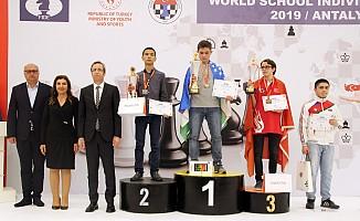 Sanko öğrencisi satrançta dünya üçüncüsü oldu