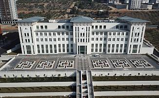 Onikişubat belediyesi yeni binasında