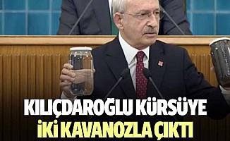 Kılıçdaroğlu kürsüye iki kavanozla çıktı