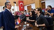 Erasmus Öğrencileri Başkan Güngör'ü konuğu oldu